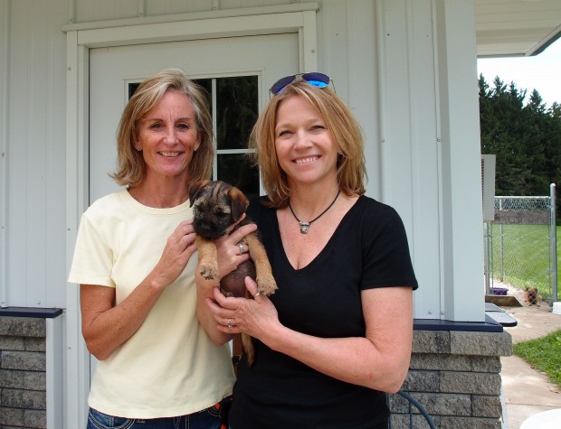 Sandy and Carrie come to take Gracie home to meet Gilly (another Rushwind puppy who is now almost 2 yrs old.)